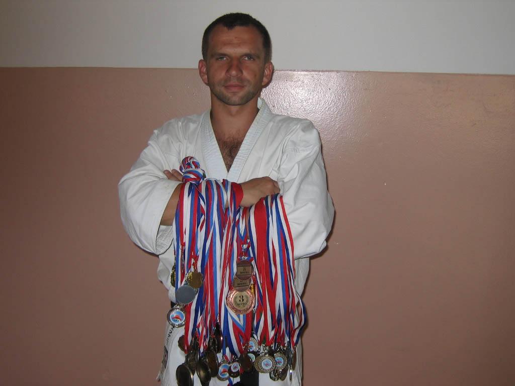 Туник Евгений Доставка